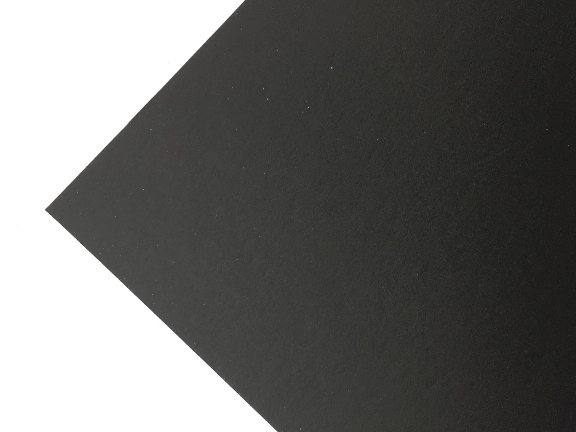 Plike 1s black