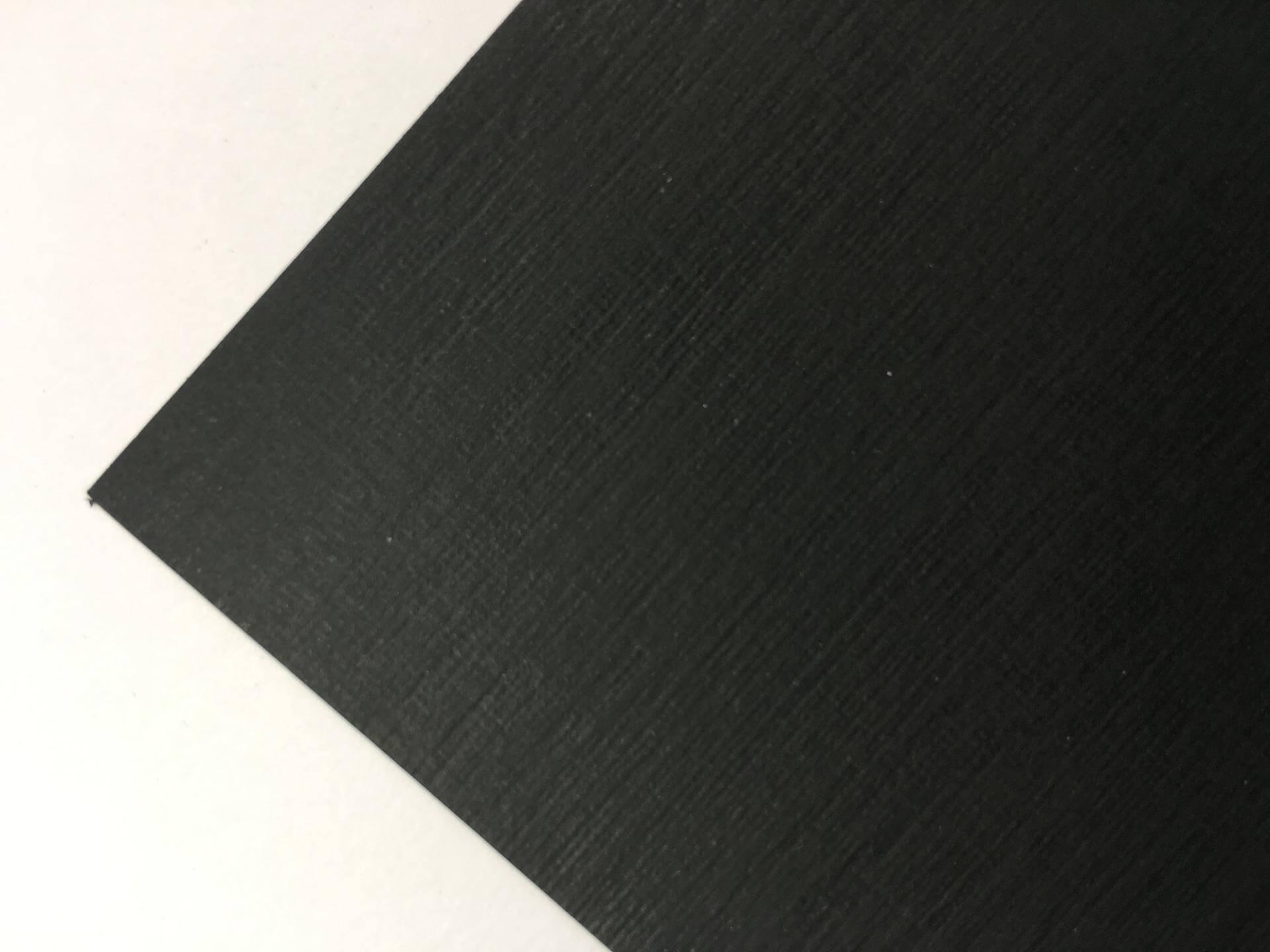 Sirio tela nero