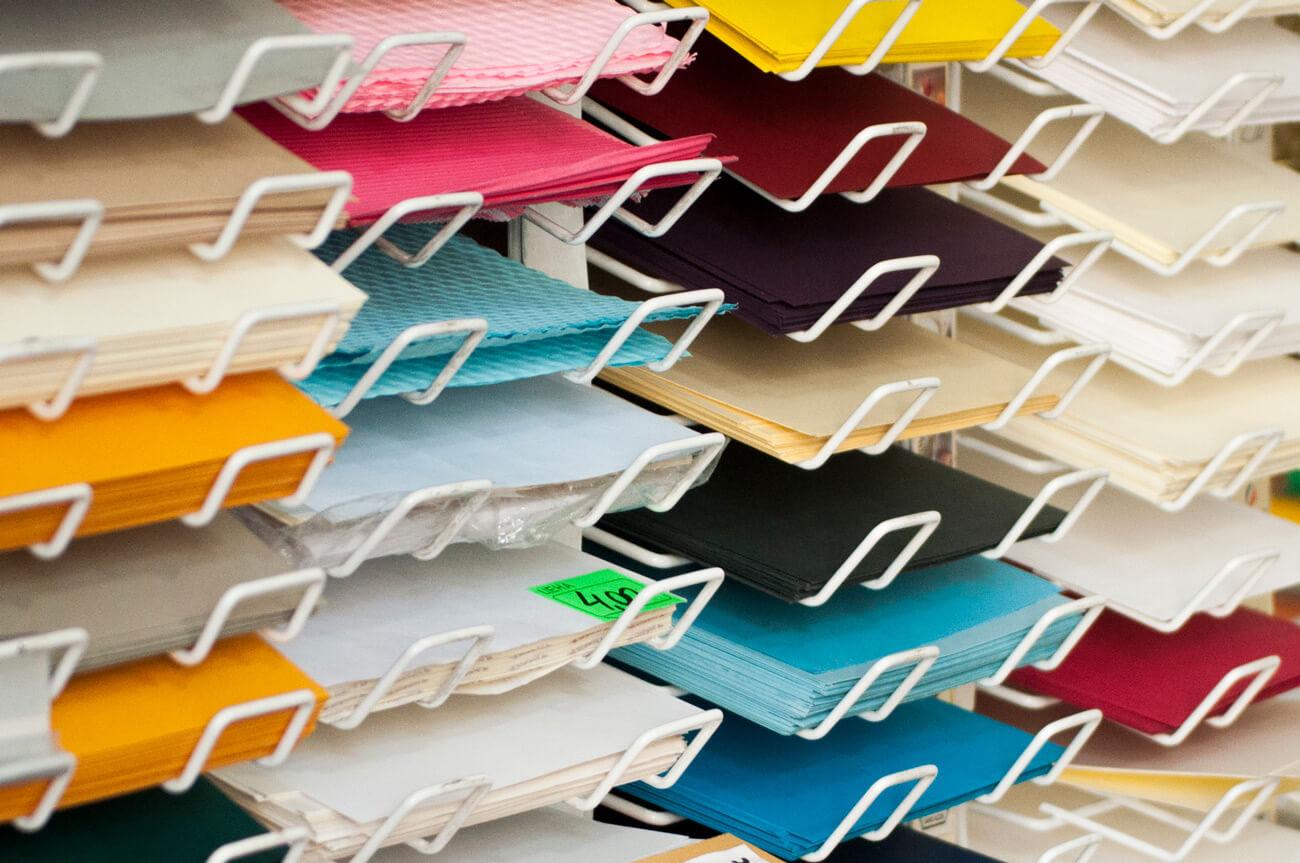 Дизайнерський картон та папір для листівок 1